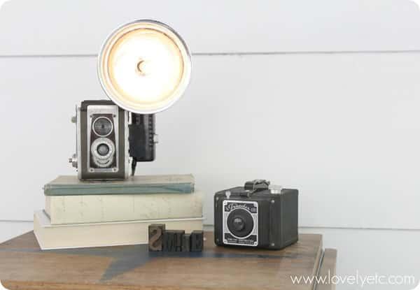 Antika Fotoğraf Makinası Lamba