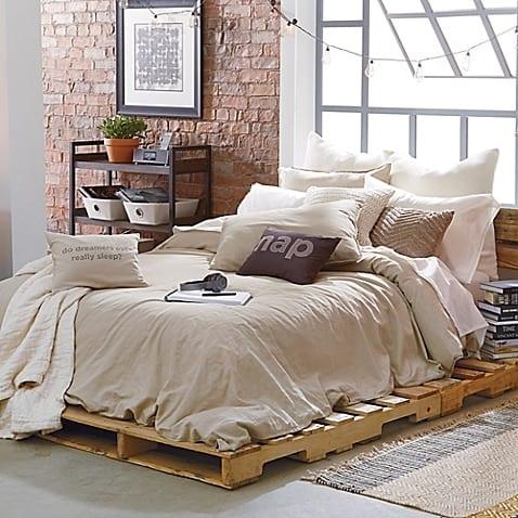 yatak-odaniza-ahsap-palet-yatak-fikirleri-26
