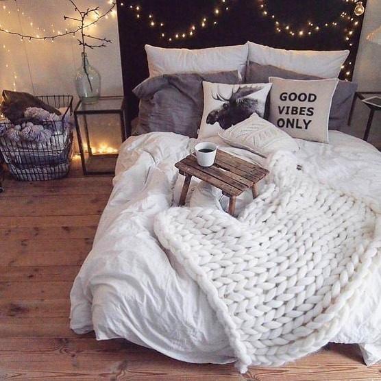 Evli ciftler icin yatak odası dekorasyonu (32)