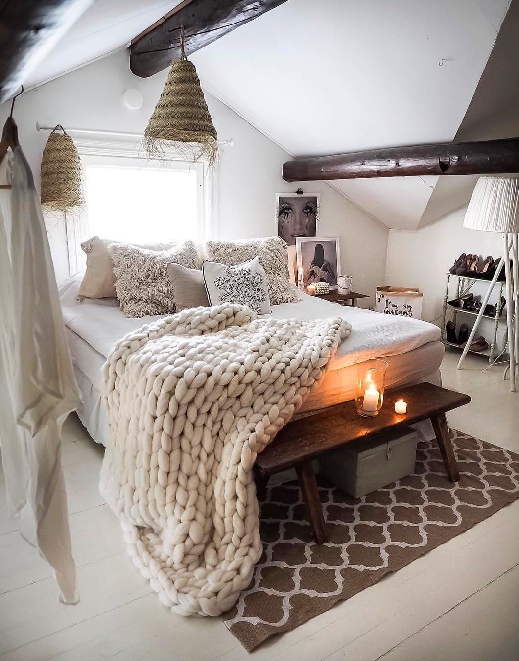 Evli ciftler icin yatak odası dekorasyonu (41)