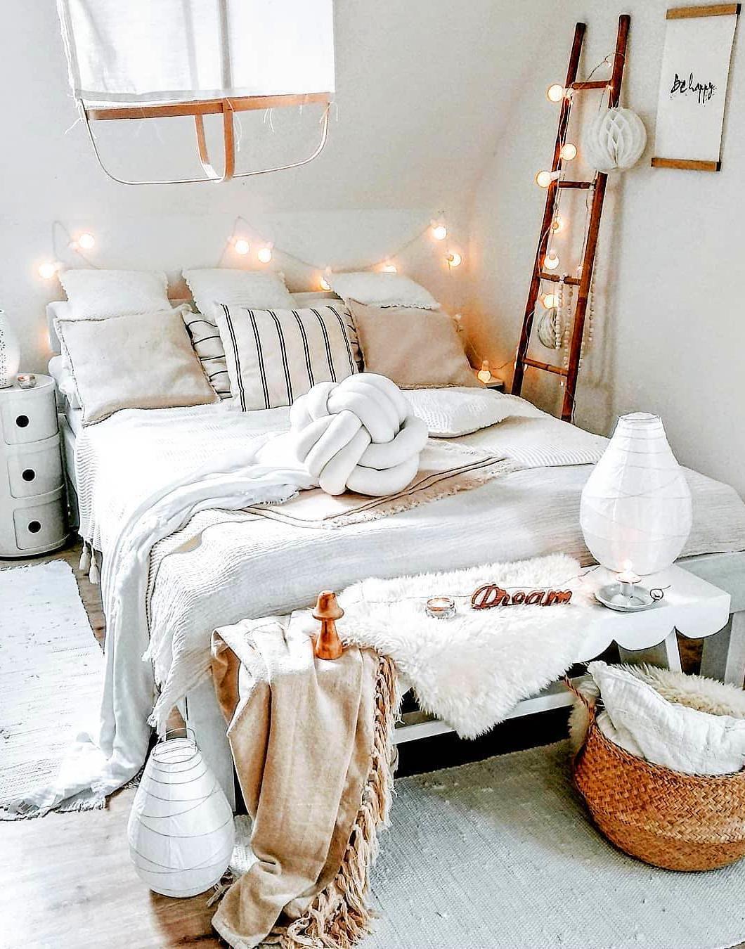 Evli ciftler icin yatak odası dekorasyonu (44)