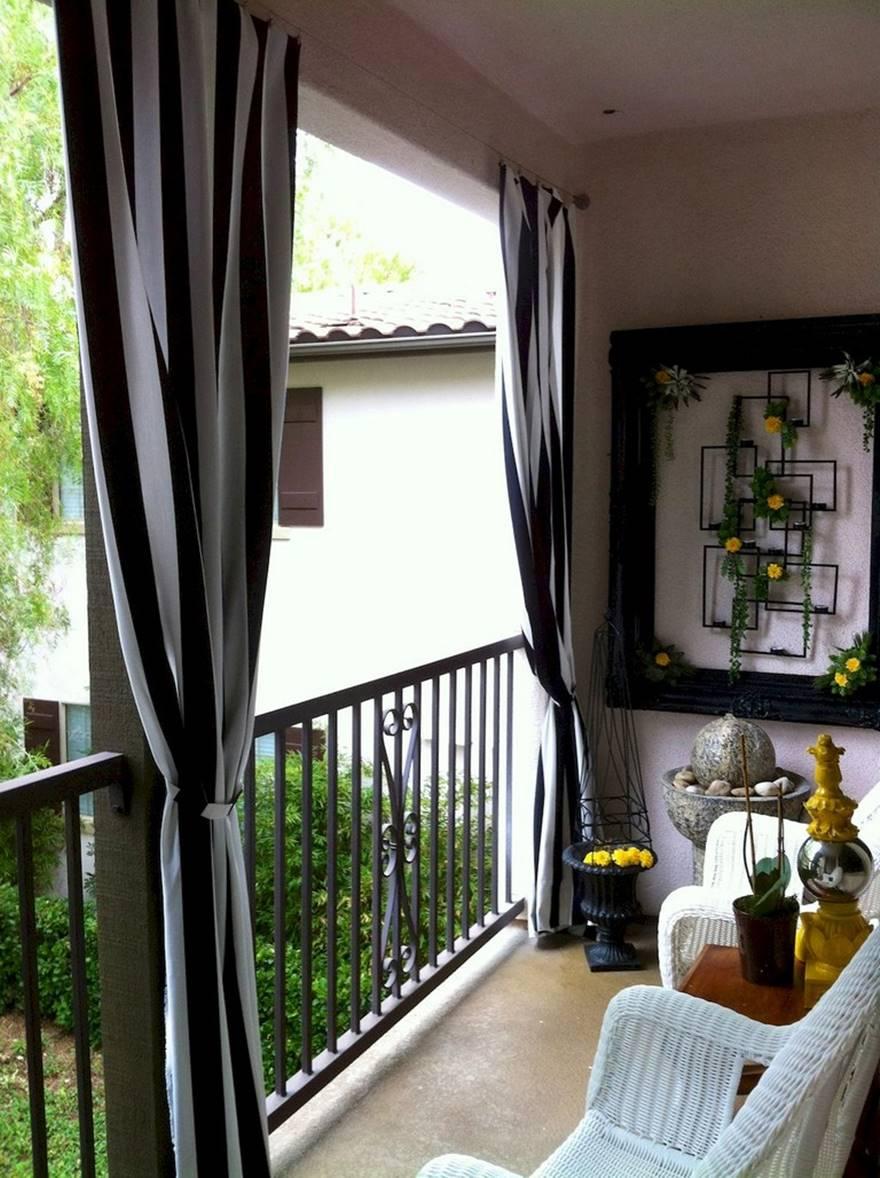 Kucuk Balkon Dekorasyonu Fikirleri Fotograf Galerisi (12)