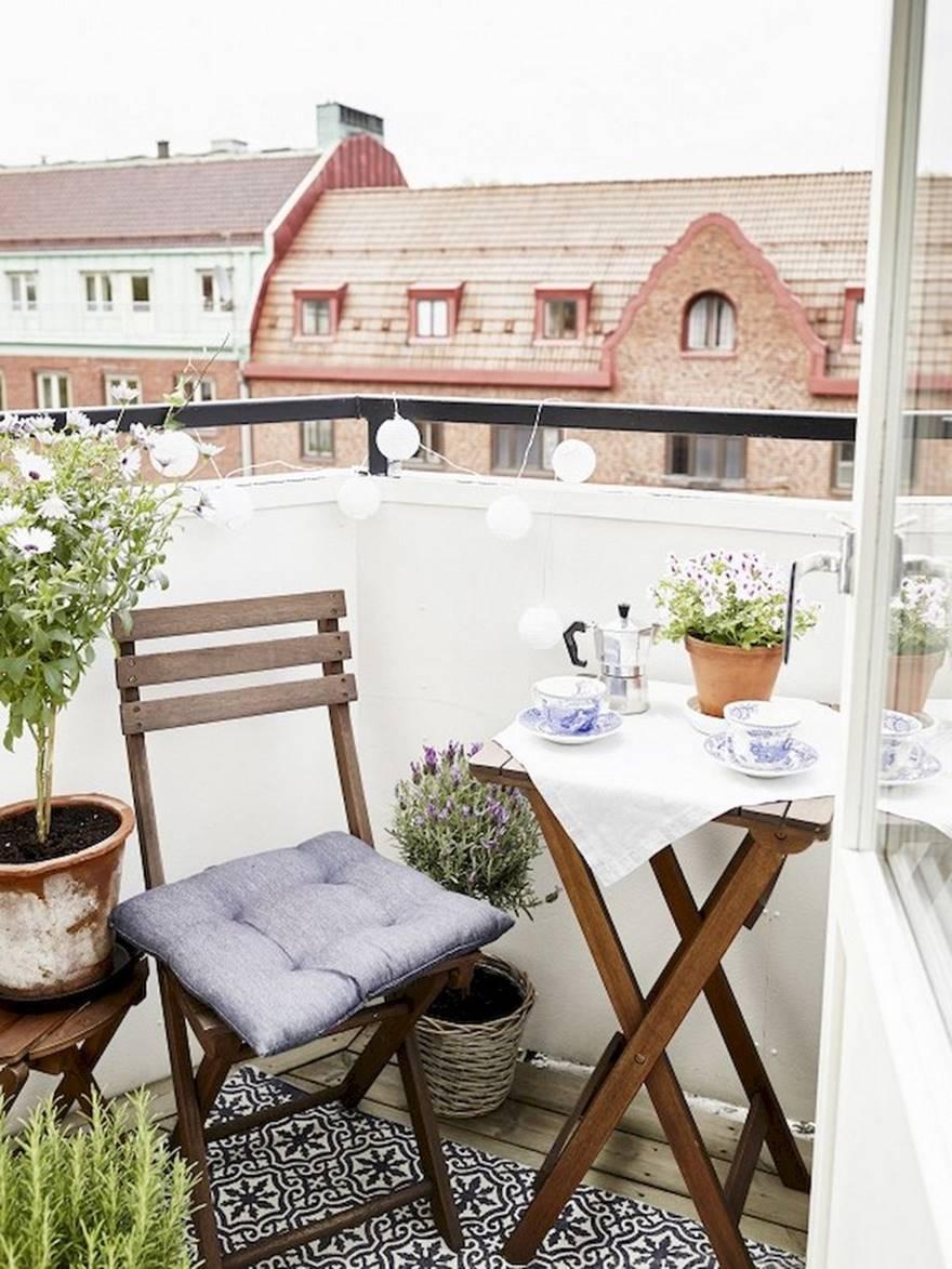 Kucuk Balkon Dekorasyonu Fikirleri Fotograf Galerisi (26)