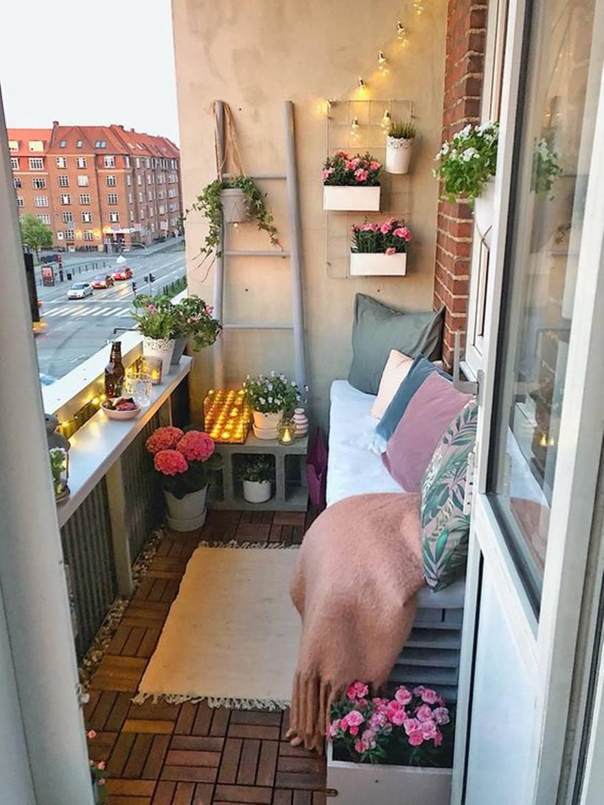 Kucuk Balkon Dekorasyonu Fikirleri Fotograf Galerisi (52)