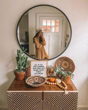 Yatak Odaları Icin Yuvarlak Ayna Dekorasyonu Fikirleri (16)