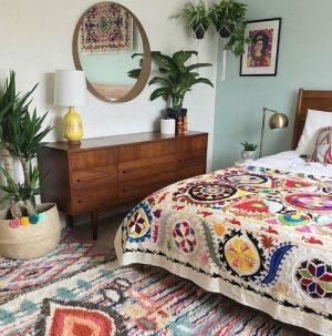Yatak Odaları Icin Yuvarlak Ayna Dekorasyonu Fikirleri (7)