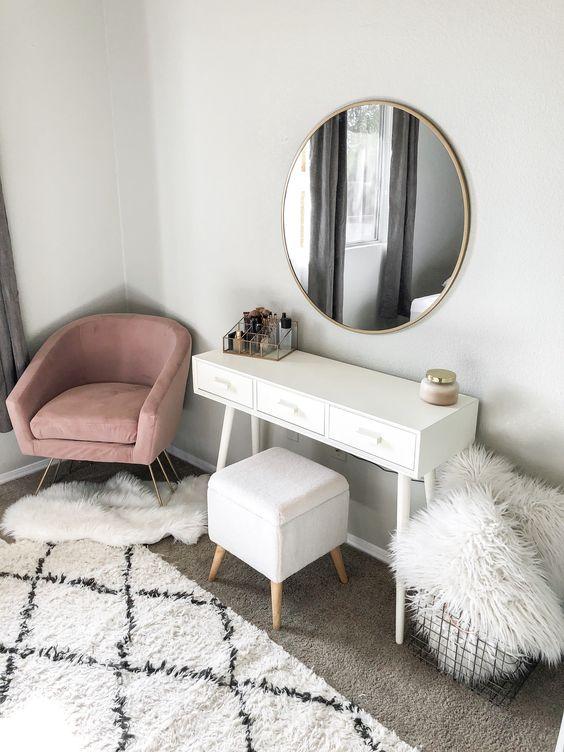 Yatak Odaları Icin Yuvarlak Ayna Dekorasyonu Fikirleri (17)