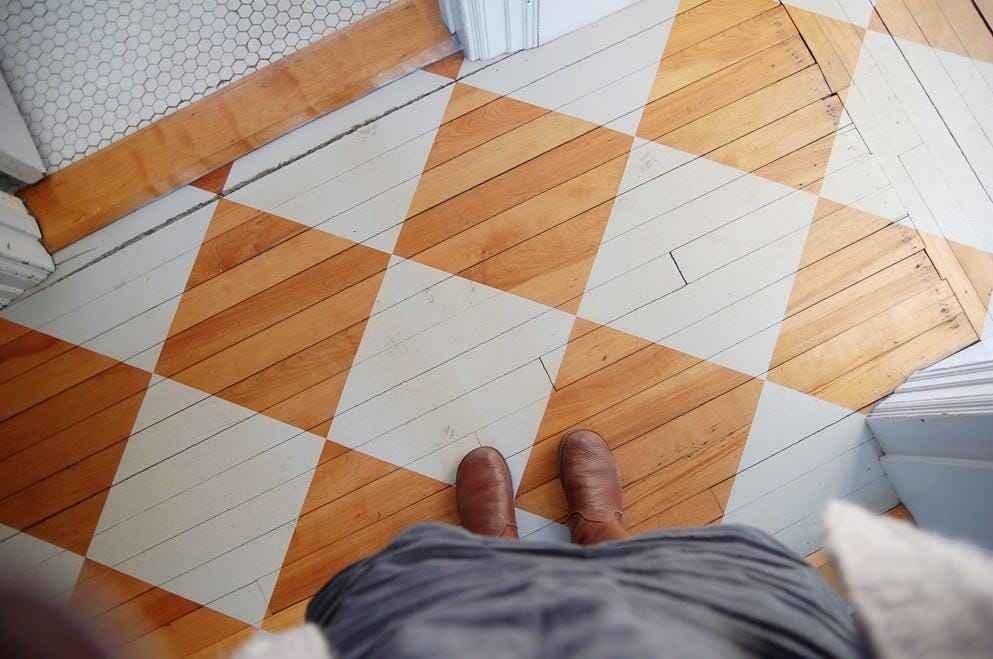 ahşap zemin kaplamalarını boyama
